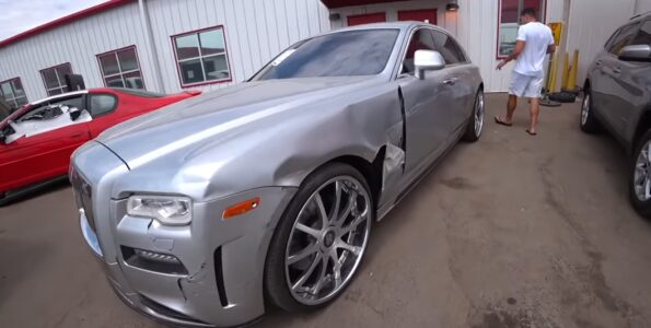 oprava-nabouraneho-rolls-royce-ghost-video